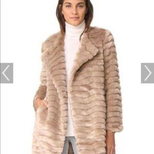 BB DAKOTA faux fur jacket